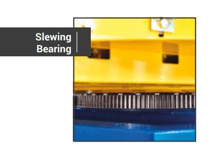Slewing bearing for high speeds and reliability